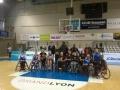 Photo d'équipe de la section basket fauteuil avec Yann CUCHERAT