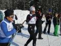 Une adhérente de la section ski nordique et son guide-pilote pendant une sortie en 2016
