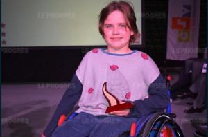 ines-ducatillon-10-ans-natation-paraplegique-en-fauteuil-photo-dorothee-oke-1481324585