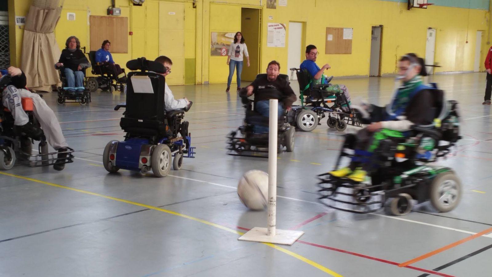 L'équipe 2 et 3 de Foot fauteuil en Championnat